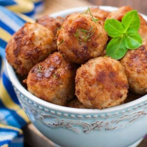 delivery livrare chefs Bucuresti oala carne porc chiftele