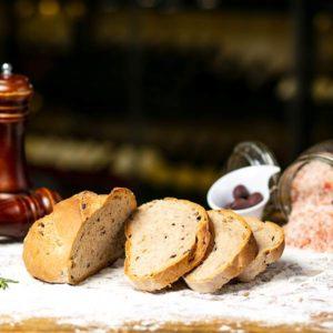 Paine cu masline Bucuresti comanda delivery livrare mancare produse traditionale romanesc traditional