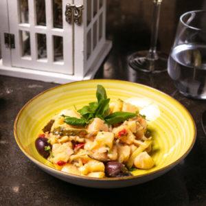 Salata orientala Bucuresti comanda delivery livrare mancare produse traditionale romanesc traditional